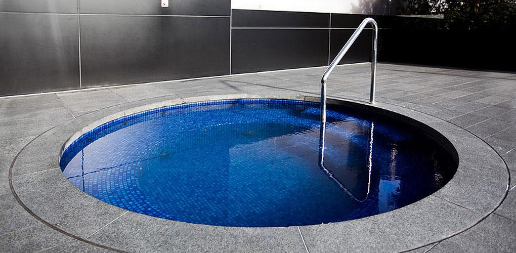 hotel spa builders sydney